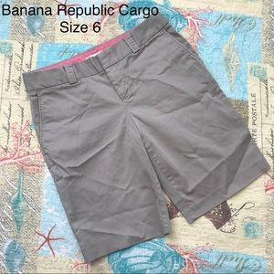 Banana Republic Tan Bermuda Shorts Stretch Size 6